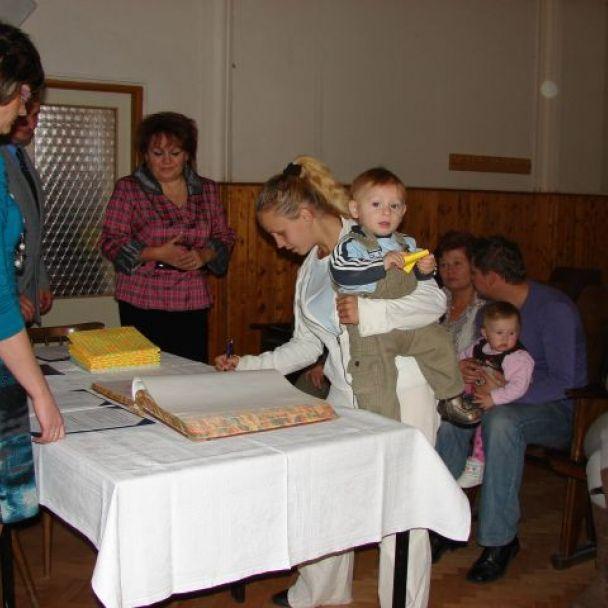 Uvítanie detí do života (2011)