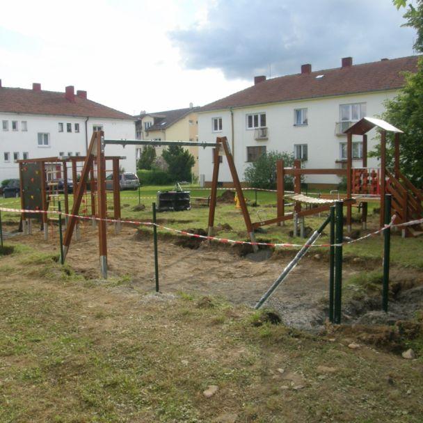 Výstavba detského ihriska (2014)