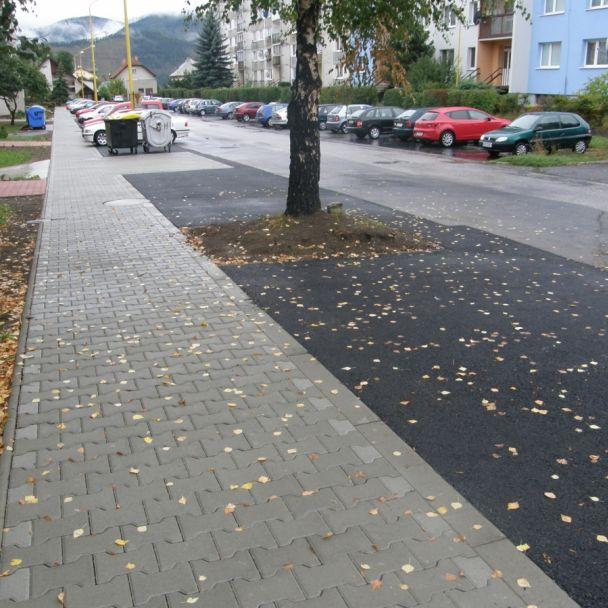 Rekonštrukcia cesty a značenie cyklotrasy (2013)