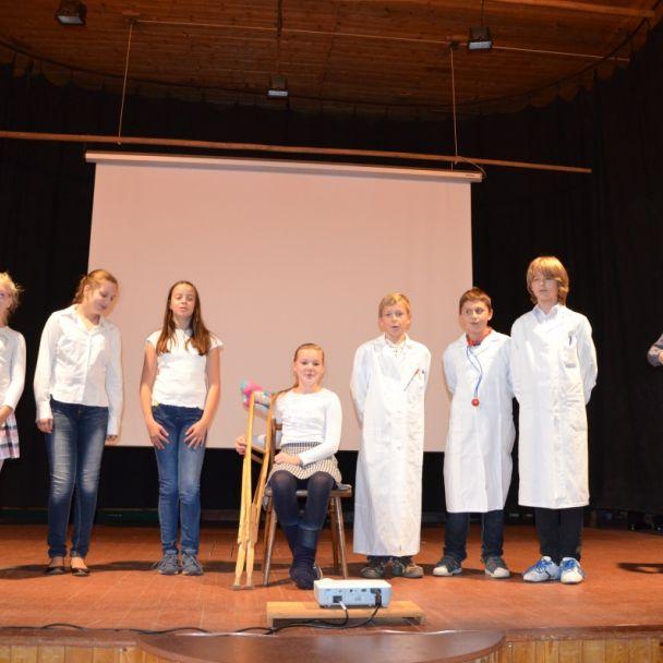Slávne peterské lekárky (2015)