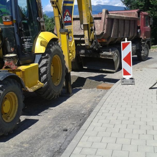 Rekonštrukcia MK za obchodom k IBV (2017)