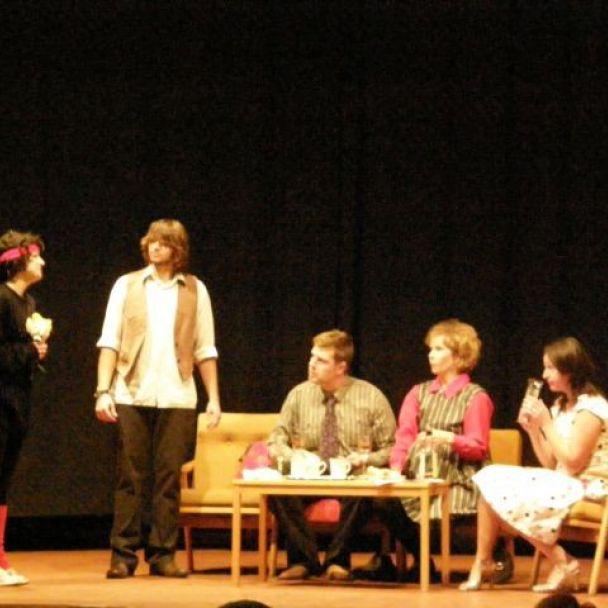 Divadelné predstavenie (2012)