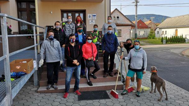 Týždeň dobrovoľníctva - Vyčistime si našu obec